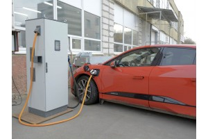 Testing of the Chademo CCS floor charging station